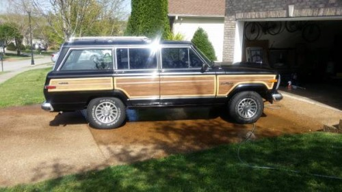 1988 Jeep Grand Wagoneer V8 Auto For Sale in Nashville ...