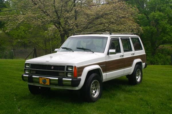 1988 Jeep Grand Wagoneer V4 Auto For Sale in Bowling Green