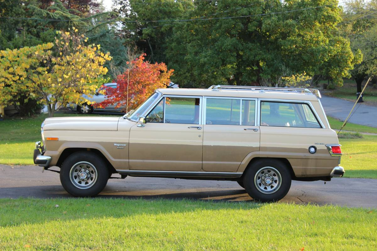 1983 Jeep Grand Wagoneer 4X4 360 V8 Auto For Sale in ...